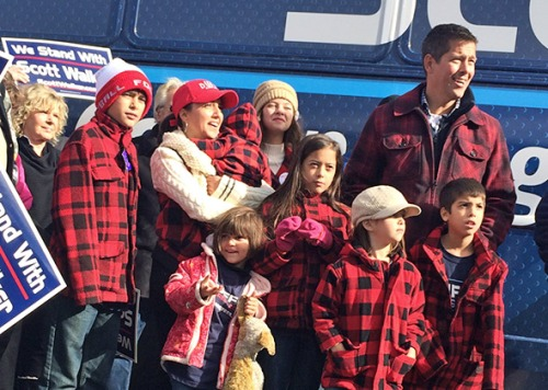 Sean Duffy and his family campaigning this weekend.